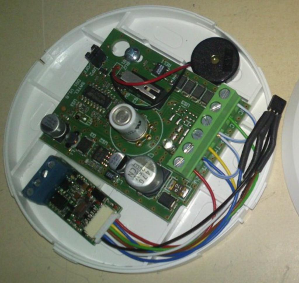 Universalsensor an Satel co2 Sensor mit Temperatursensor
